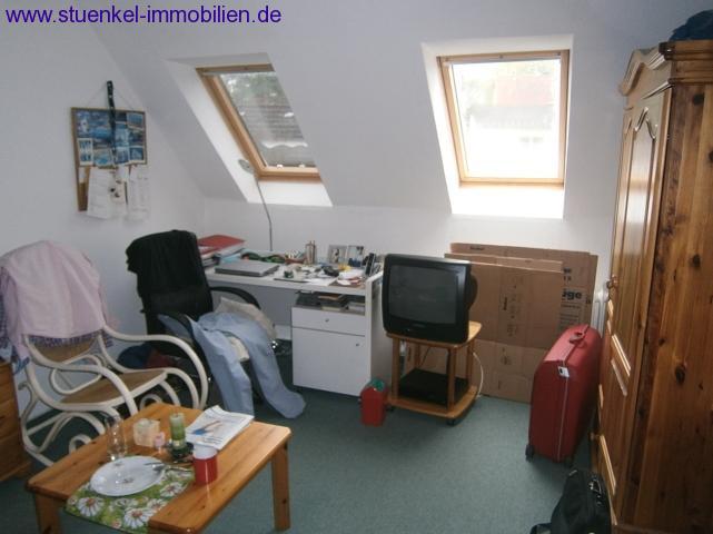 vermittelte objekte hannover misburg nord m biliertes zimmer in hannover misburg n he mhh. Black Bedroom Furniture Sets. Home Design Ideas