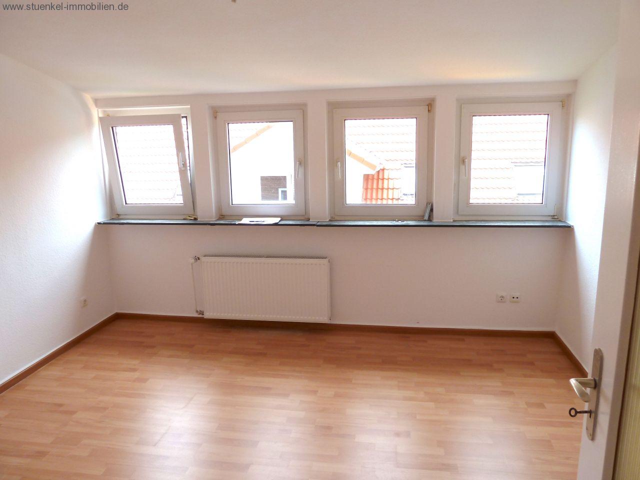 Vermittelte objekte neustadt moderne 3 zimmer wohnung for Wohnzimmer neustadt